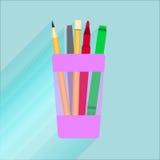 Vidro da ilustração para lápis com um marcador vermelho, pena, lápis Imagens de Stock Royalty Free
