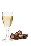 Vidro de Champagne e de chocolate Fotos de Stock Royalty Free