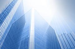 Vidro de construção dos arranha-céus, conceito do negócio moderno do negócio Fotos de Stock