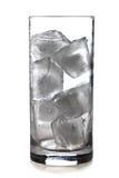 Vidro de cubos de gelo Fotografia de Stock Royalty Free