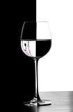 Vidro de vinho do christmad do dominó Fotografia de Stock Royalty Free