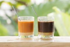 Vidro do chá e do café tailandeses foto de stock