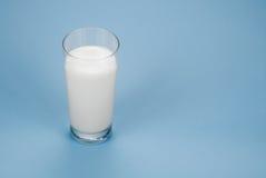 Vidro do leite Fotografia de Stock