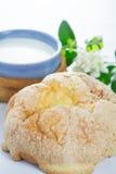 Vidro do leite e do pão Imagem de Stock