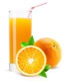 Vidro do suco de laranja isolado no fundo branco Imagens de Stock Royalty Free