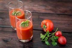 Vidro do suco de tomate Fotografia de Stock Royalty Free
