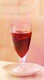 Vidro do vinho encarnado Fotos de Stock Royalty Free