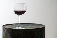 Vidro do vinho sozinho Imagem de Stock