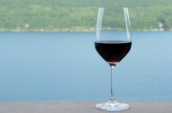 Vidro do vinho vermelho foto de stock