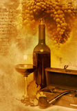 Vidro do vintage e vinho do frasco Imagens de Stock