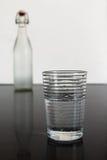 Vidro e garrafa de água Imagem de Stock Royalty Free