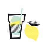 Vidro e limão isolados da limonada Imagem de Stock