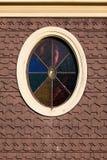 Vidro manchado oval em uma casa de campo do pão-de-espécie Imagens de Stock Royalty Free