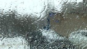 Vidro molhado da neve vídeos de arquivo