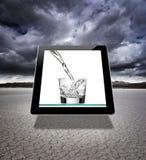 Vidro virtual da água foto de stock royalty free