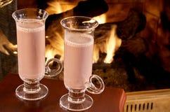 Vidros altos de quente chocolated Imagens de Stock