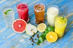 Vidros com bebidas Fotografia de Stock Royalty Free