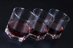 Vidros com uma bebida Imagens de Stock Royalty Free