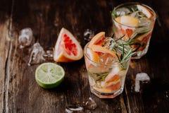 Vidros da bebida de refrescamento da toranja Imagem de Stock Royalty Free