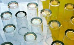 Vidros da bebida sobre uma tabela Imagem de Stock Royalty Free