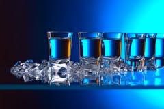 Vidros da vodca com gelo Imagem de Stock Royalty Free