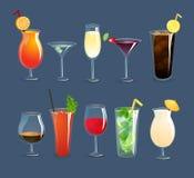 Vidros das bebidas ajustados Fotos de Stock