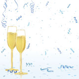 Vidros de Champagne no fundo do Confetti Foto de Stock Royalty Free