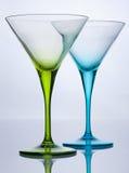 Vidros de cocktail vazios verdes e azuis Foto de Stock Royalty Free