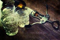 Vidros de garrafa gastos retros do corkscrew da imagem Fotos de Stock