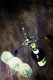 Vidros de garrafa gastos retros do corkscrew da imagem Fotografia de Stock Royalty Free