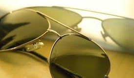 Vidros de sol velhos. Imagens de Stock