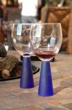 Vidros de vinho modernos Fotografia de Stock Royalty Free