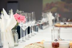 Vidros de vinho no restaurante Imagem de Stock Royalty Free