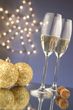 Vidros do Natal de Champagne Imagens de Stock Royalty Free