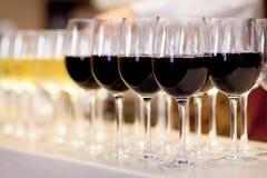 Vidros do vinho vermelho Imagens de Stock