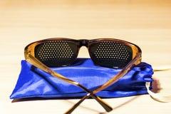 Vidros médicos para melhorar a visão imagens de stock