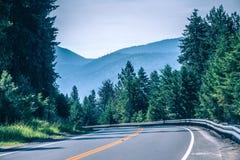 Vidsträckta sceniska montana statlandskap och natur Arkivbilder