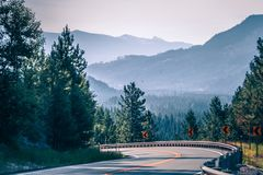 Vidsträckta sceniska montana statlandskap och natur Arkivfoto