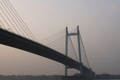 Vidyasagar Setu Bridge over Ganga-rivier, India stock foto's
