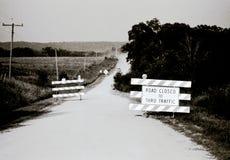 Vie américaine de vintage - route fermée par le trafic Photographie stock libre de droits