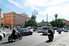 Vie dans la rue de ville de Rome le 30 mai 2014 Photos libres de droits