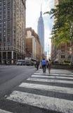 Vie dans la rue de ville sur Park Avenue Images stock
