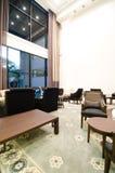 Vie moderne une salle avec une zone dinante 3D Image libre de droits