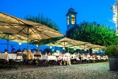 Vie nocturne de restaurant Photographie stock