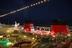 Vie nocturne sur des bateaux de croisière Image libre de droits