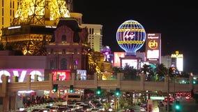 Vie nocturne sur le boulevard de bande de Las Vegas clips vidéos