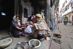 Vie quotidienne des habitants de Varanasi Photographie stock