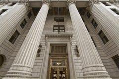 Vieil édifice bancaire historique Image libre de droits