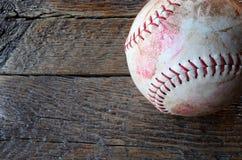 Vieil équipement de base-ball utilisé Photographie stock