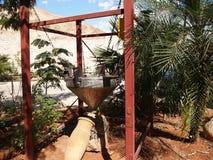 Vieil équipement pour l'extraction de sel à l'usine cosmétique Israel Dead Sea image stock